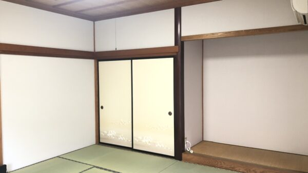 和室のクロス張替え工事