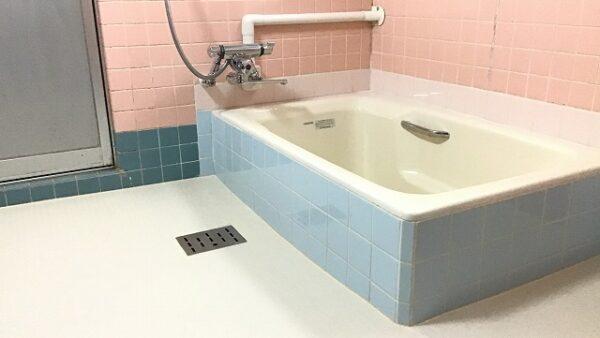芯まで温まる直焚き風呂